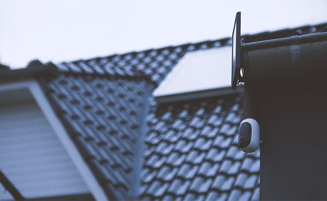 مخفی کردن دوربین مداربسته در زیر سقف
